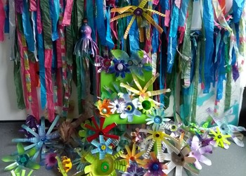 Y8 worked with Bristol Waste to reuse plastic bottles by turning them into decorations for a St Paul's Carnival float