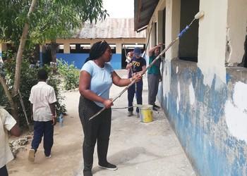 CGS students make a difference in Zanzibar
